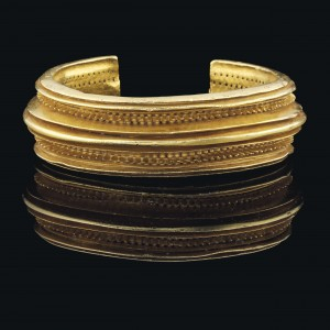 A CELTIC SOLID GOLD BRACELET IRON AGE, CIRCA 1000 B.C. courtesy Christie's Images Ltd., 2013.  (Click on image to enlarge).