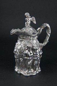 A William IV claret jug, London 1833 mark of Paul Storr and stamped Storr and Mortimer (10,000-20,000).