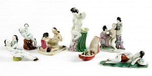 A set of seven small porcelain figures (19th-20th century).