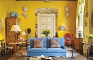 The Yellow Room, Sybil Colefax and John Fowler, Brook St., Mayfair.  Courtesy Christie's Images Ltd., 2014.
