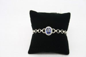 Victorian sapphire and diamond bracelet (8,500),