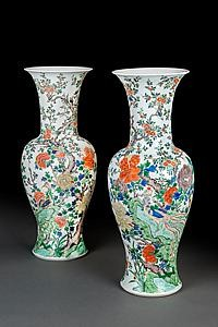 Two Famille Verte Phoenix Tail vases, China, Kangxi Period (1662-1722) from exhibitor Luis Alegria.  They were previously in the collection of J. Pierpoint Morgan and Nelson Rockefeller.