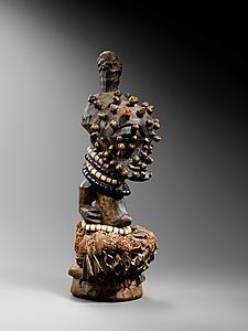Songye Figure - Galerie Bacquart.