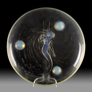 A Lalique Sirene plate.