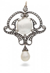 An Art Nouveau pearl and diamond pendant (5,000-8,000).