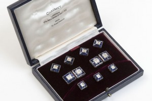 A gentleman's cufflinks and shirt stud set by Chaumet (5,000-6,000).
