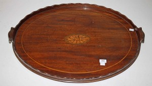 A Georgian mahogany oval tray (100-150)