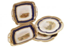 Coalport parcel gilt and painted dinner service (20 pieces) (1,800-2,400)