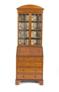 AN EDWARDIAN SATINWOOD BUREAU CABINET (2,000-3,000)