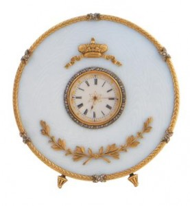 19th century Russian gold and enamelled desk clock, encrusted with diamonds, signed Hoeg Zoib, in original case (5,000-8,000).