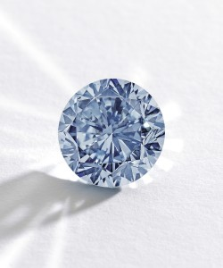 The Premier Blue, a 7.59-Carat Round Brilliant-Cut Internally Flawless (IF) Fancy Vivid Blue Diamond. (Click on image to enlarge).