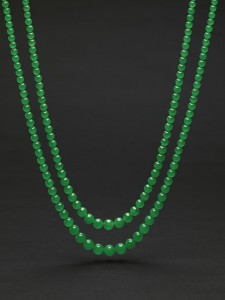 Set of two Jadeite bead necklaces from the Republican period (2.8-3.8 million)