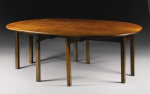 An Irish George III mahogany wake table c1780 (£10,000-15,000).