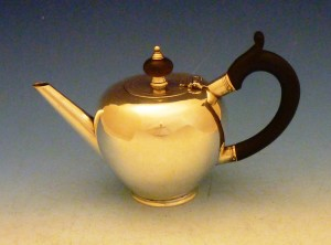 A Cork bullet teapot by Thomas Lily 1723.
