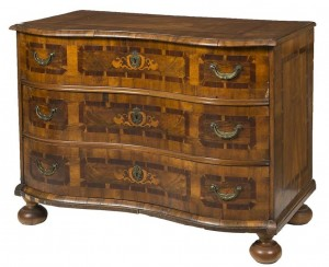 An 18th century South German walnut marquetry and crossbanded commode (1,500-2,000).