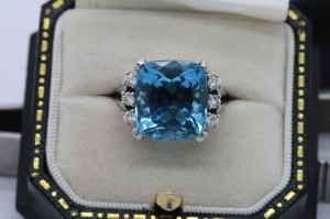 Aquamarine and diamond ring  (5,950).