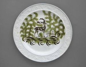 "Probably made by the Downshire Pottery,Belfast, Ireland. ""Stag"" Plate with Harp and Shamrock Border, c. 1800–06. Private collection. Photo: jamesfennell.com."