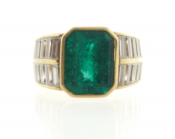 18th century French emerald ring (approx 5 carat) with 20 baguette cut diamonds set in yellow gold (6,000-8,000).