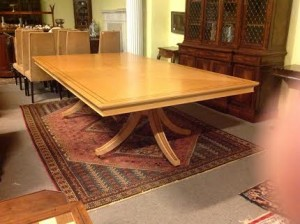 The maple dining table by David Linley.
