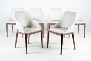 A set of six dining chairs by Sacha Lakic for Roch Bobois (800-1,200)