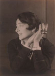 Eileen Gray in a 1926 photo.