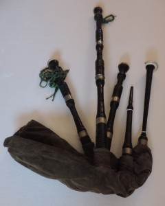 Early 19th century Irish bagpipes, by family tradition The Fenian Bag Pipes