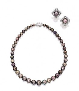 The Cowdray Pearls sold for US$5,266,667