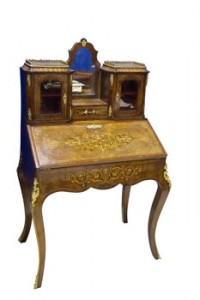 A 19th century walnut and marquetry bureau de dame (3,000-4,000)