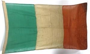 A 1916-1921 period Irish flag (1,500-2,000).