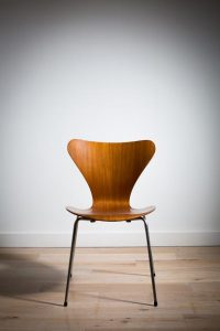 One of a set of six Model 7 chairs by Arne Jacobsen (1,000-2,000)