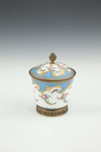 A SEVRES POT AND COVER, with marks for 1778, with gilt metal mounts (500-800)