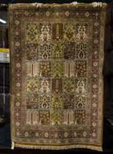 PERSIAN SILK PRAYER RUG (400-600)