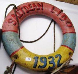Vintage life belt marked Saltdean Lido, 1932 (40-70)