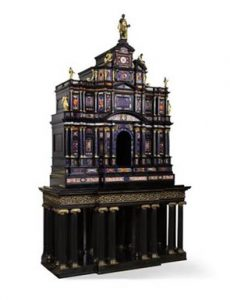 The Borghese Windsor cabinet.