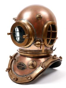 A diving helmet used by Joe Murphy, Master Shipwright with Dublin Port and Docks who retired in the 1980's. (3,000-5,000)