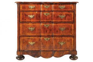 This c1720 serpentine chest made 3,000 at hammer.
