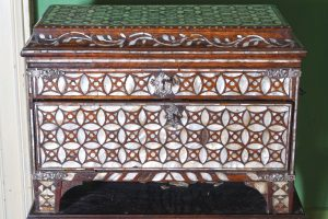 18th/19th Ottoman mother of pearl veneered wooden chest (3,000-5,000)