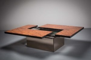 A BURR WALNUT METAMORPHIC COCKTAIL TABLE IN WILLY RIZZO STYLE, FRENCH, 1970s (1,400-1,800)
