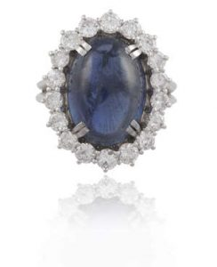 A SAPPHIRE AND DIAMOND CLUSTER RING (3,000-4,000)