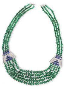 AN EMERALD, SAPPHIRE AND DIAMOND NECKLACE (3,000-5,000)